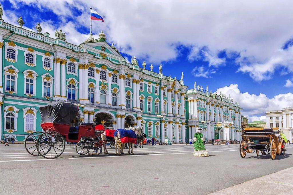世界遺産の古都、サンクトペテルブルクに3連泊
