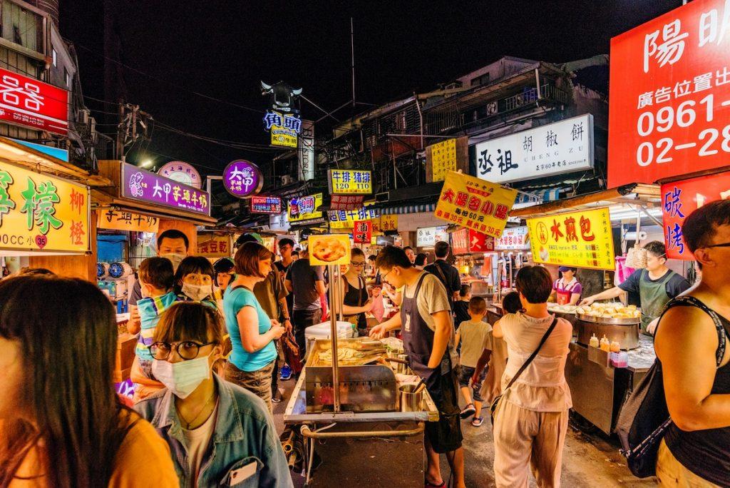 台北で外せない、夜市へ繰り出そう