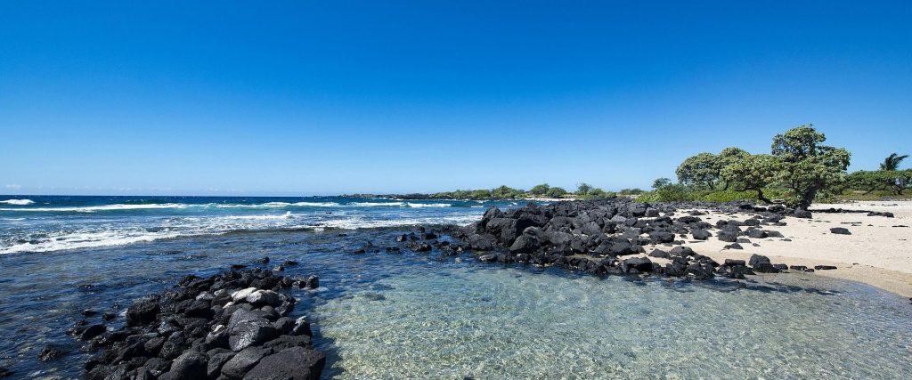 地球の息吹を感じるハワイ島、庭園のように美しいカウアイ島