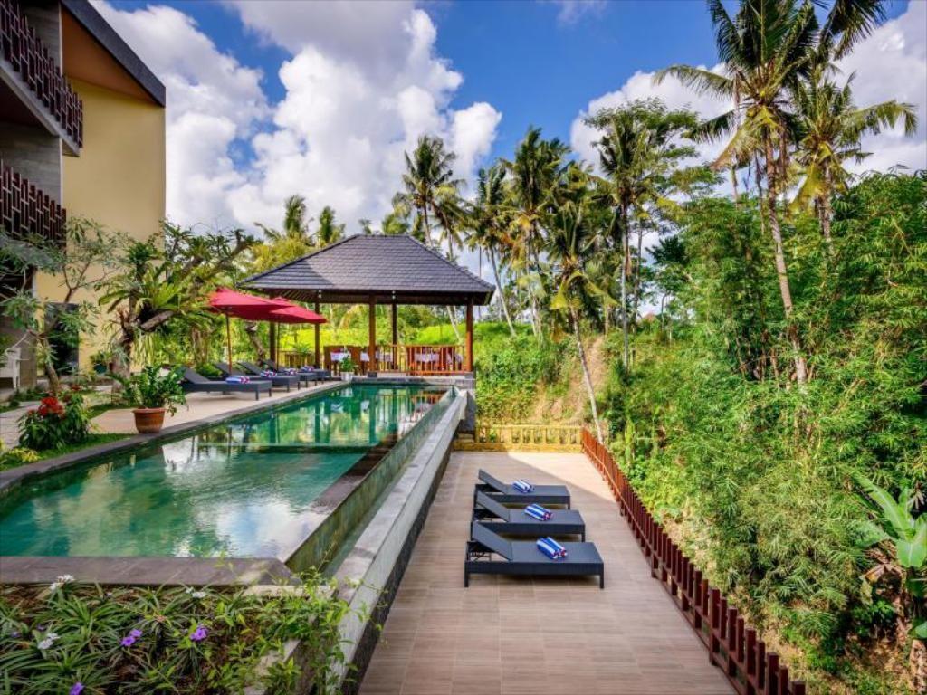 自然にとけ込むバリ島のリゾート