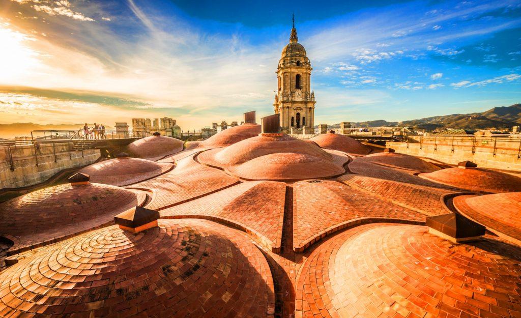 スペインの古都マラガを訪ねる歴史の旅へ