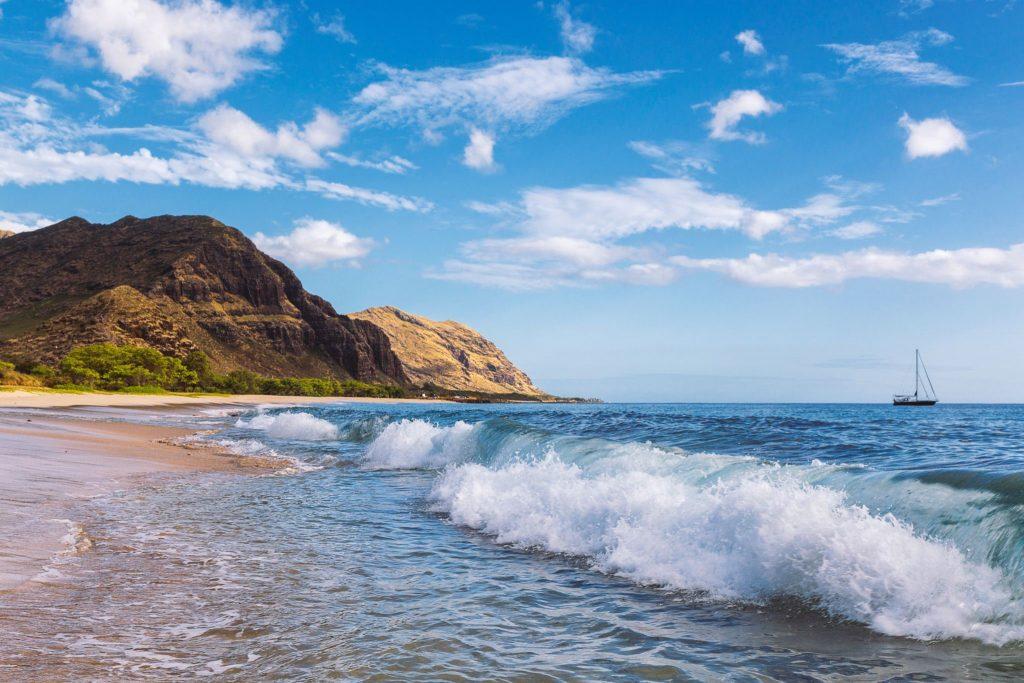 【オアフ島】静かに海のさざ波を感じるならマクアビーチ